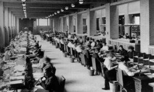Imagem mostra o primeiro coworkingo do mundo, criado por Frank Lloyd Wright
